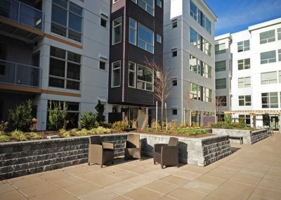 525 at the enclave luxury apartments neighborhood community northlake seattle wa courtyard